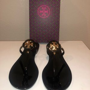 Tory Burch Black Sandals Size: 7